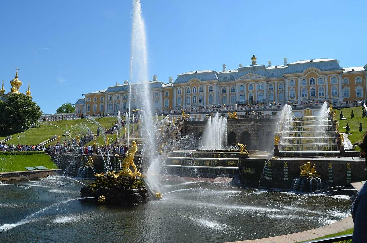 Samson Fountain, Saint Petersburg- Amazing fountains