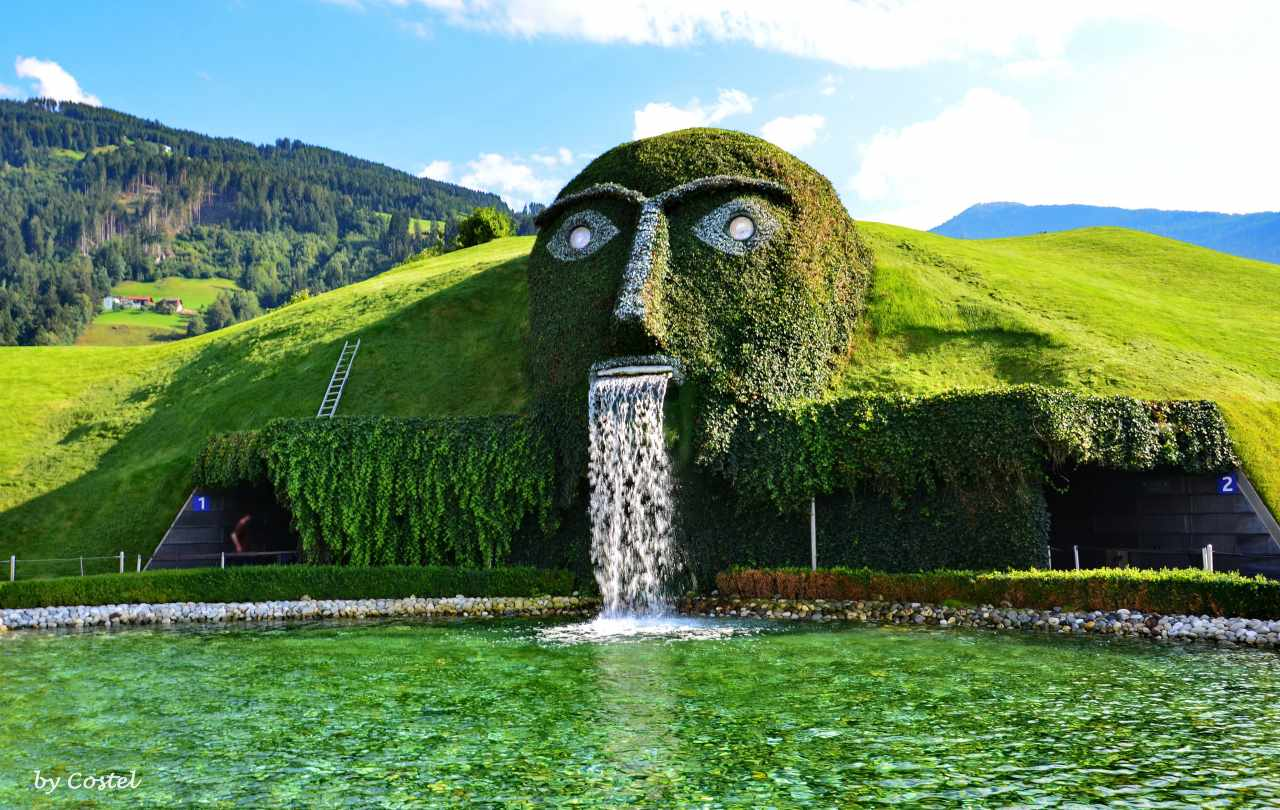 Swarovski Fountain, Innsbruck-Amazing fountains