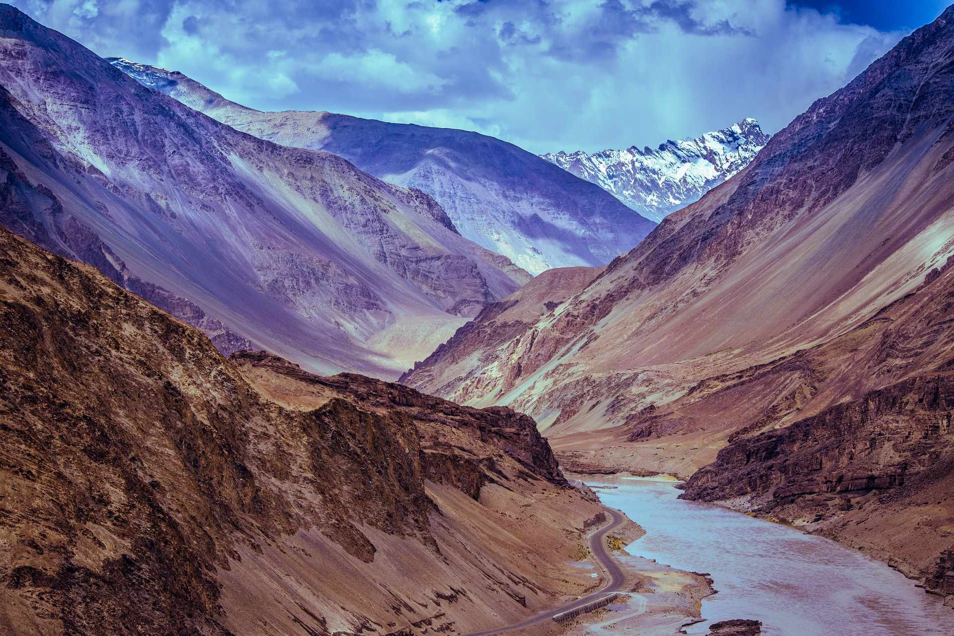 Honeymoon Destinations in India - Leh-Ladakh