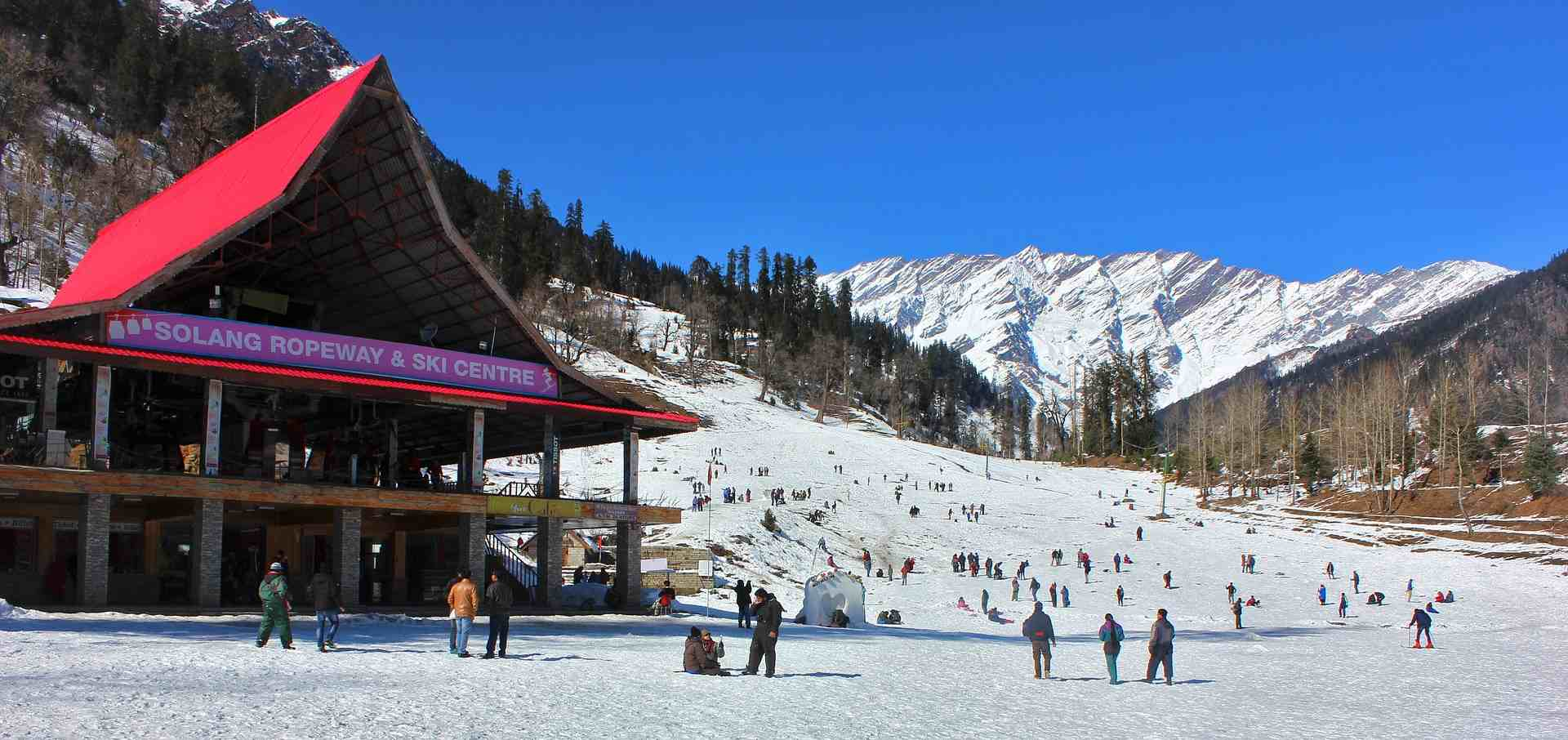 Place to visit in India for Christmas - Manali