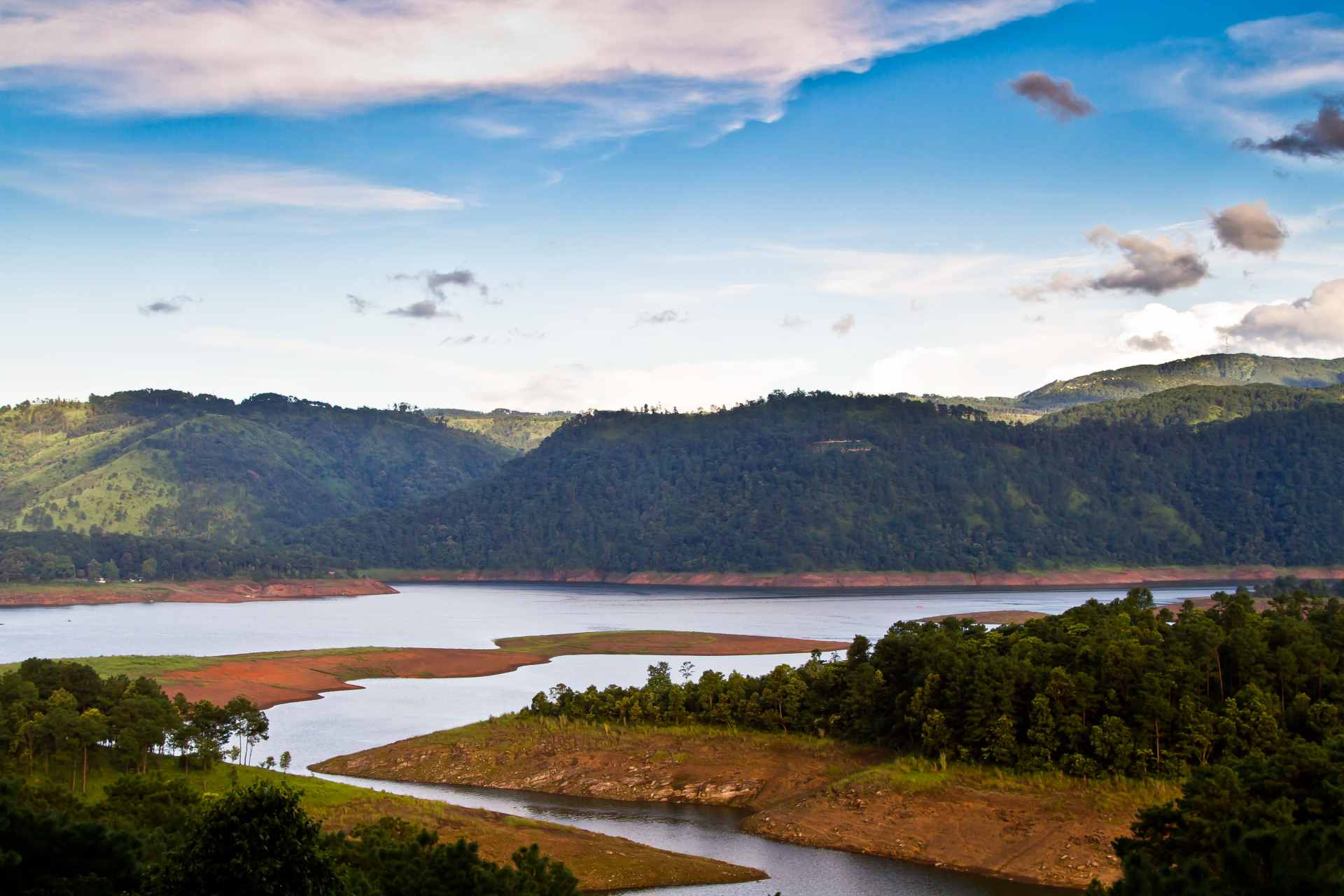 Place to visit in India for Christmas - Shillong Bara Pani