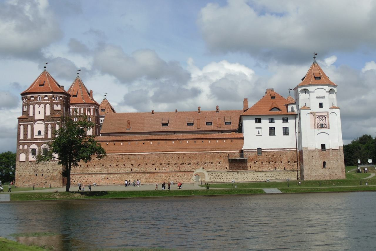 Belarus-Top tourist destination to visit in 2019-Mir Castle