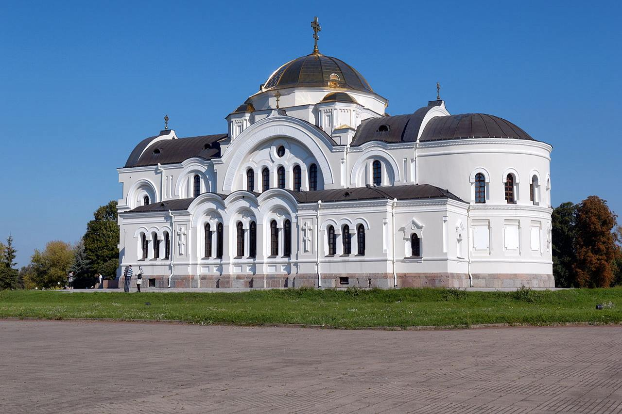 Belarus-Top tourist destination to visit in 2019-St Nicholas Garrison Church